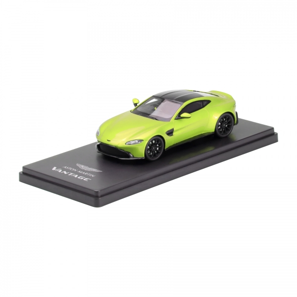 ASTON MARTIN 1:43 SCALE MODEL NEW VANTAGE - LIME